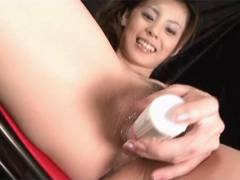 Sexy Natsumi nails a vibrator around her manhole