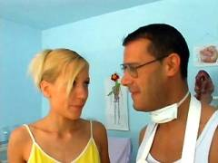 Blonde Babe Enjoys Clinic Sex