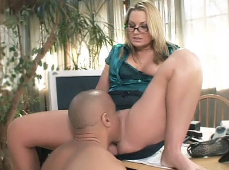 Blonde porno Sexy Star Video